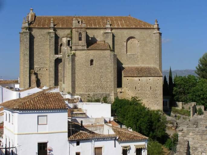La iglesia del Espíritu Santo de Ronda albergó este año un nido de Cernícalos en uno de sus mechinales