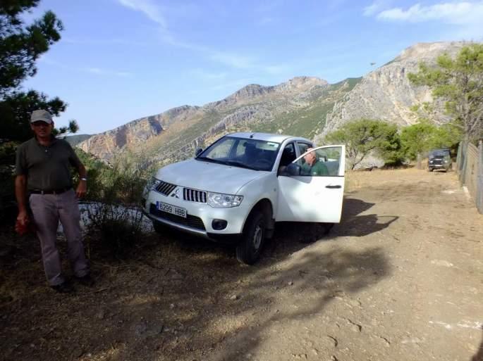 Preparados para la captura de los ejemplares de buitre leonado que serán trasladados